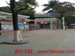 塘厦【公园里】2980/㎡起价,与深圳观澜一路之隔